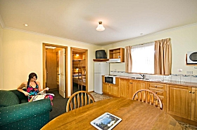 Leisureville Caravan Park - Inverell Accommodation