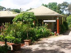 Treetops Bed And Breakfast - Inverell Accommodation