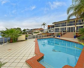 Waterfront Paradise - Inverell Accommodation