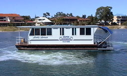 Dolphin Houseboat Holidays - Inverell Accommodation