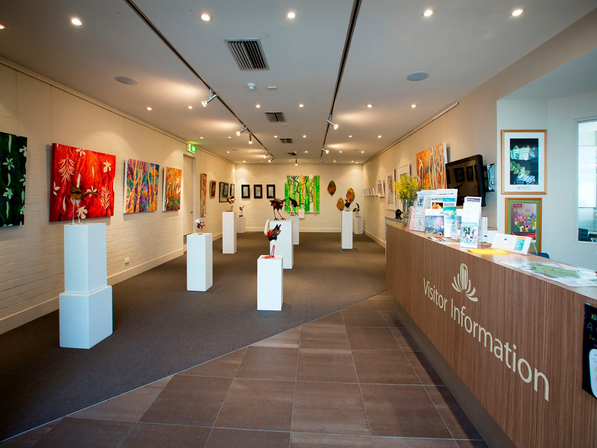 Australian National Botanic Gardens Visitor Centre Gallery - Inverell Accommodation
