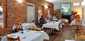 Stokers Restaurant  Bar - Inverell Accommodation