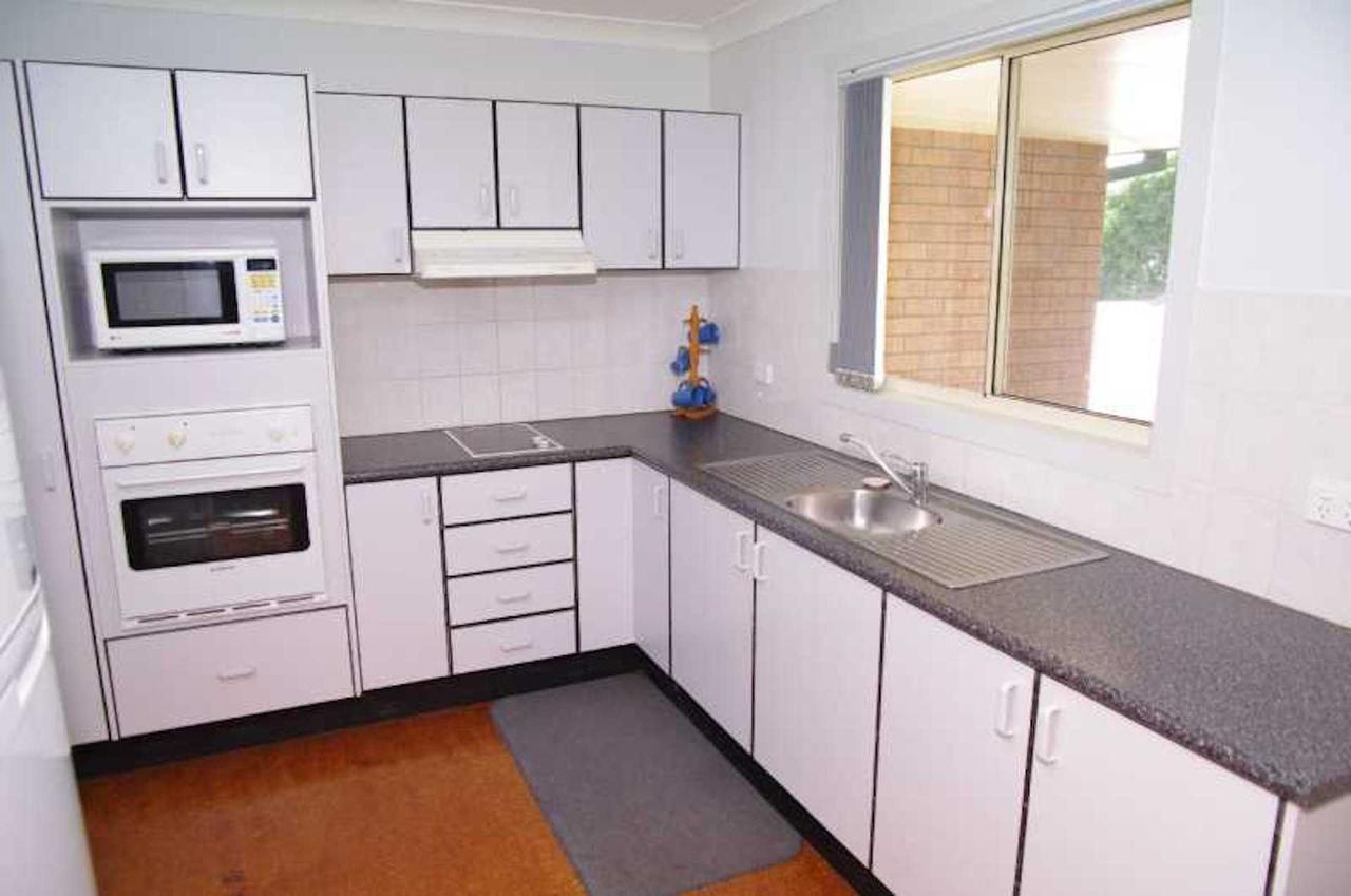 Bellhaven 1 17 Willow Street - Inverell Accommodation