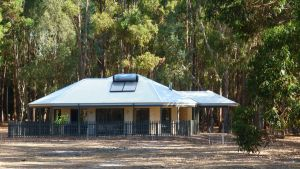Margaret River Hideaway  Farmstay - Inverell Accommodation