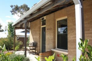 Hotham Ridge Winery and Cottages - Inverell Accommodation