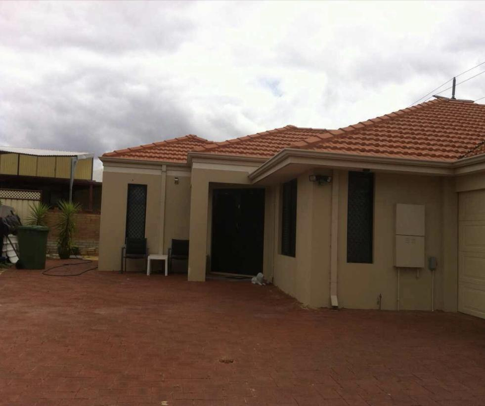 House close to airport - Inverell Accommodation